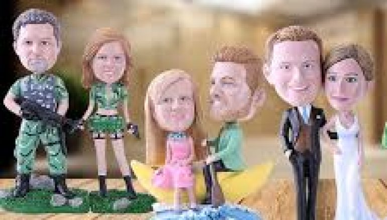 Why wire is necessary to make bobbleheads?