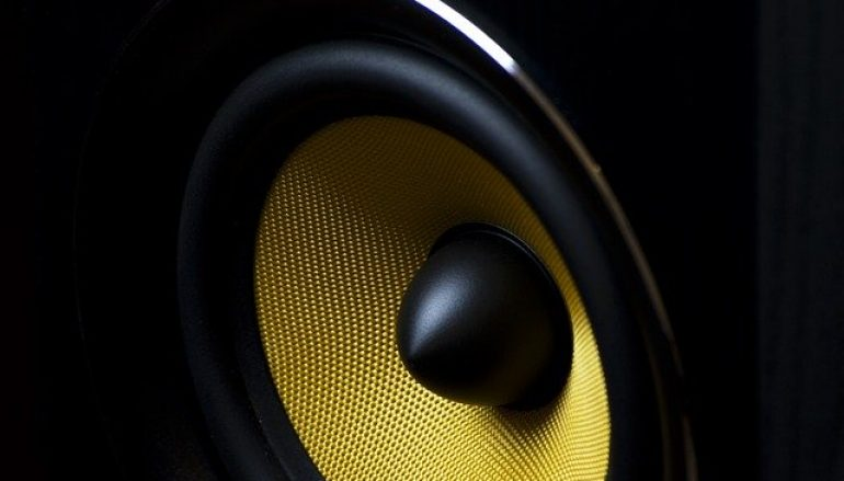 Why Should People Buy New Car Speakers?